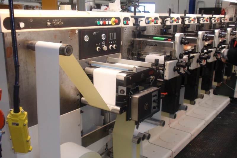 Label machinery