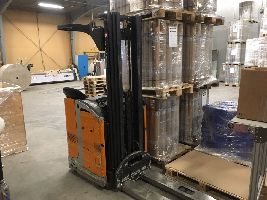 STILL high lift pallet truck